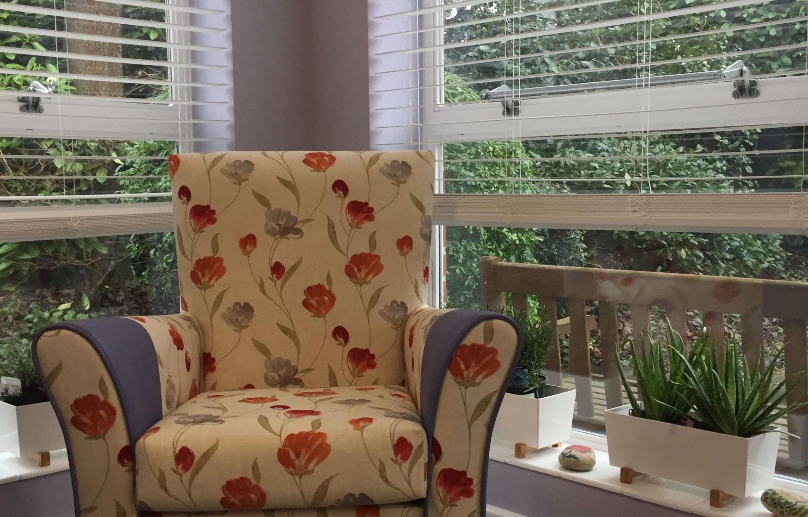 Carehome-pattern-upholstery-furniture-venetia-blinds